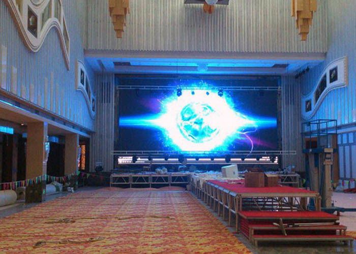 High Definition Indoor Advertising Screens P4.81 Large LED Display Energy Saving